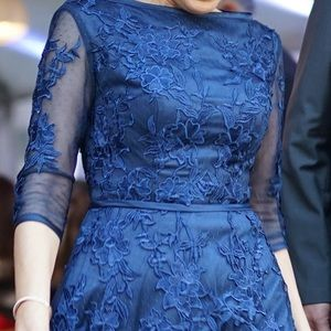 Kate Middleton Lace Dress in Navy